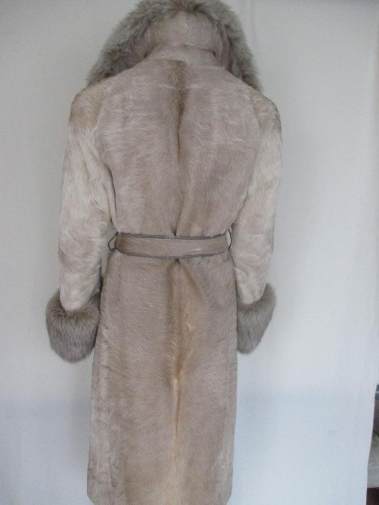 Champagne Pony Fox Fur Coat In Good Condition For Sale In Amsterdam, NL