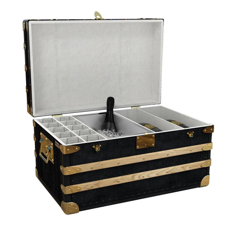 Champagne Trunk for 10 For Sale