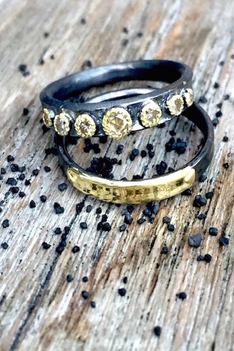 Champaign Diamonds 14 Karat Gold Oxidized Sterling Silver Band Ring In New Condition For Sale In Paris, FR