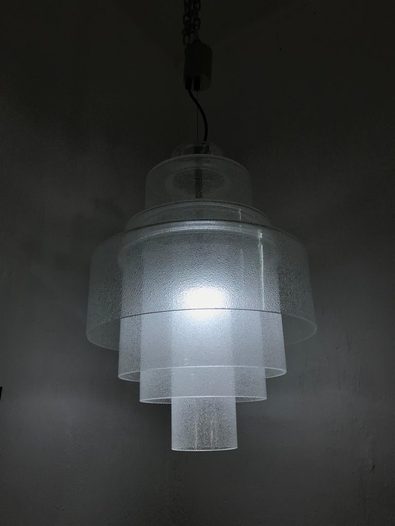 Hand-Crafted Chandelier by Carlo Nason for Mazzega in Murano Pulegoso Glass, circa 1960 For Sale