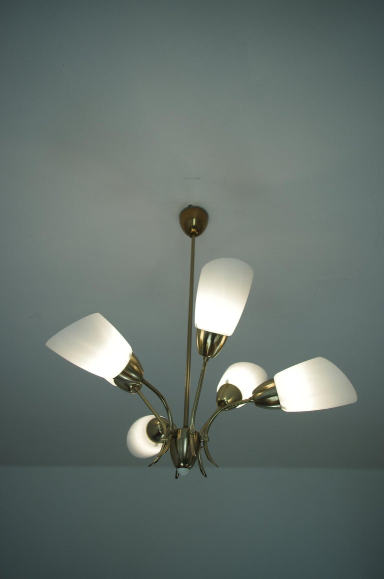 Chandelier, circa 1980, Made in Czechoslovakia In Good Condition For Sale In Barcelona, ES