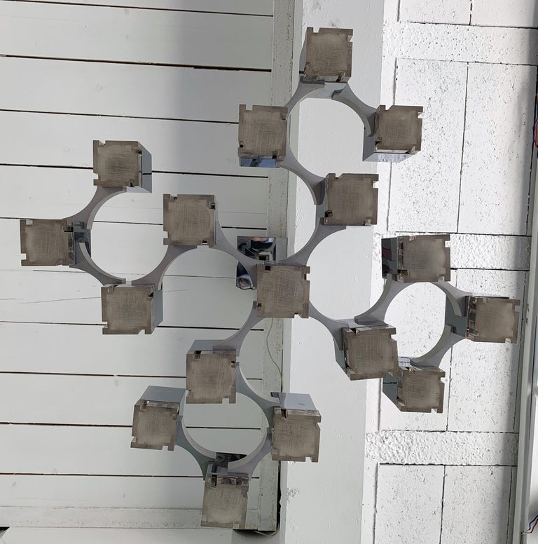 Chandelier Cubic by Sciolari, Italy, 1970s In Good Condition For Sale In SAINT-OUEN, FR