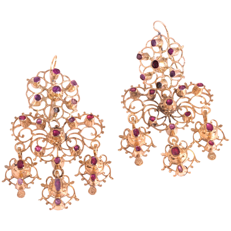 Chandelier Earrings Ruby and Gold 14 Karat, 18th Century