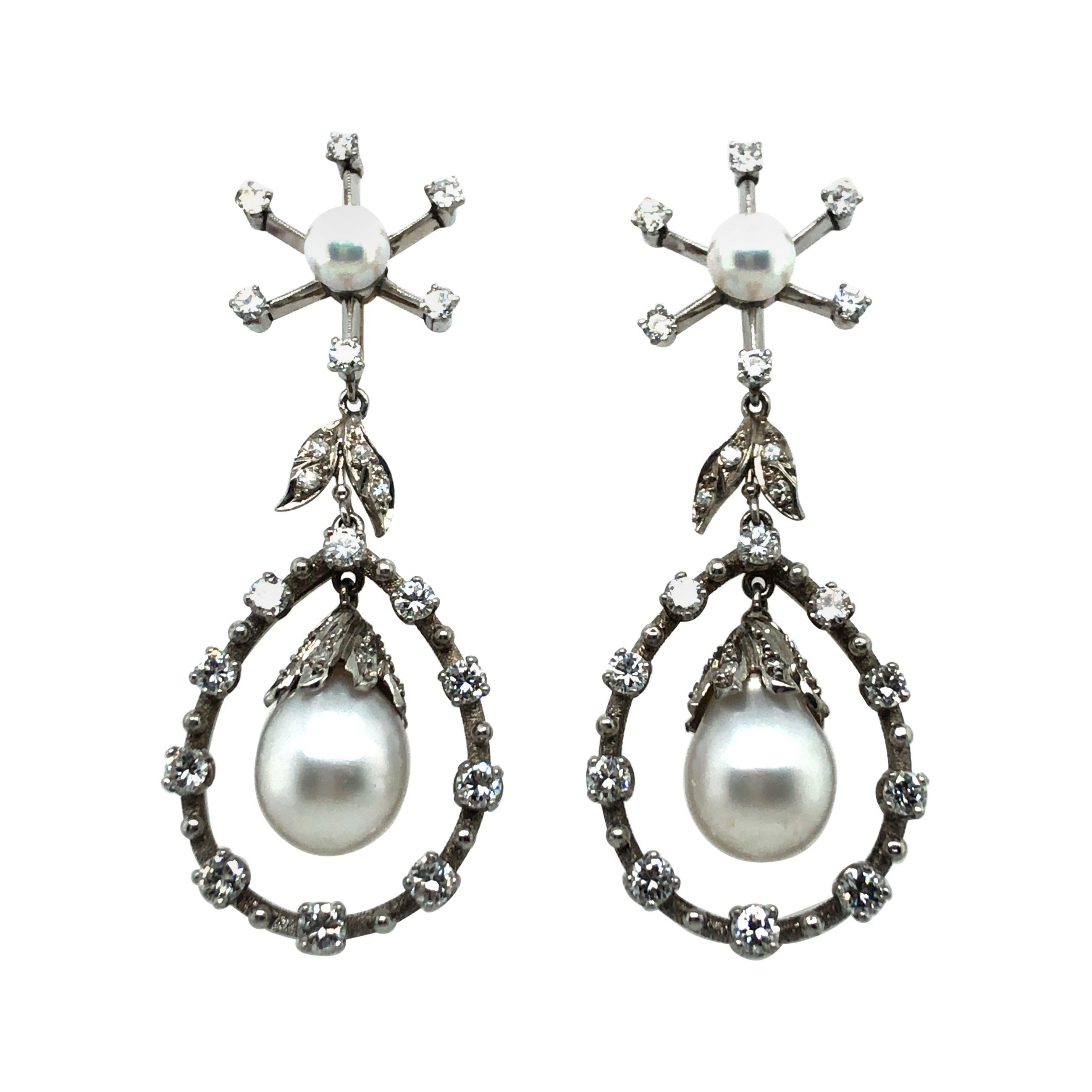 Chandelier Earrings with Diamonds and Akoya Pearls in 18k White Gold