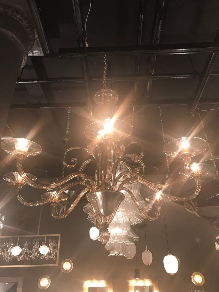 Chandelier In Good Condition For Sale In New York, NY