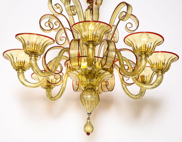 Venetian Gold Glass Chandelier with Red Details, Italy, 8 Arms For Sale 3