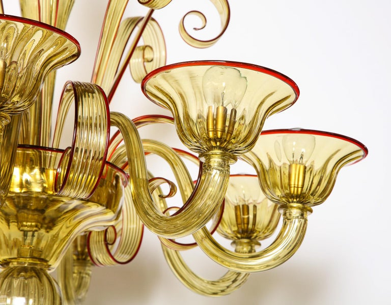 Venetian Gold Glass Chandelier with Red Details, Italy, 8 Arms For Sale 8