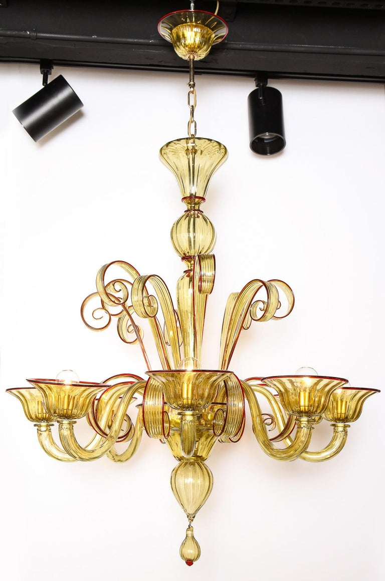 Decorative glass chandelier, Venetian style, Murano, 2007, 8-arms chandelier.