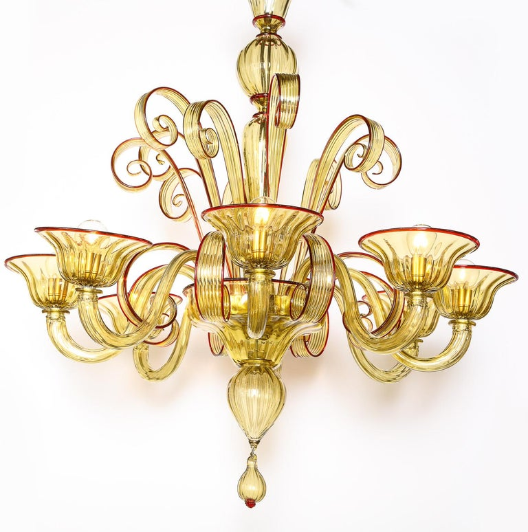 Italian Venetian Gold Glass Chandelier with Red Details, Italy, 8 Arms For Sale