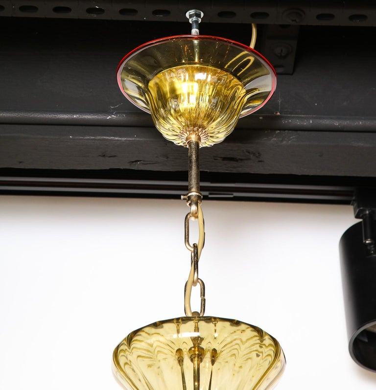 Contemporary Venetian Gold Glass Chandelier with Red Details, Italy, 8 Arms For Sale