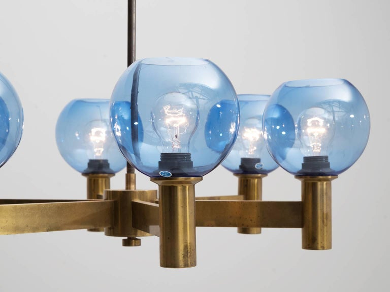 Chandelier in Brass with Blue Colored Glass Shades In Good Condition For Sale In Waalwijk, NL
