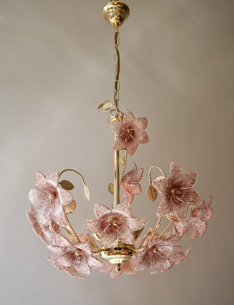 Mid-Century Modern Chandelier in Brass with Pink Murano Glass Flowers For Sale