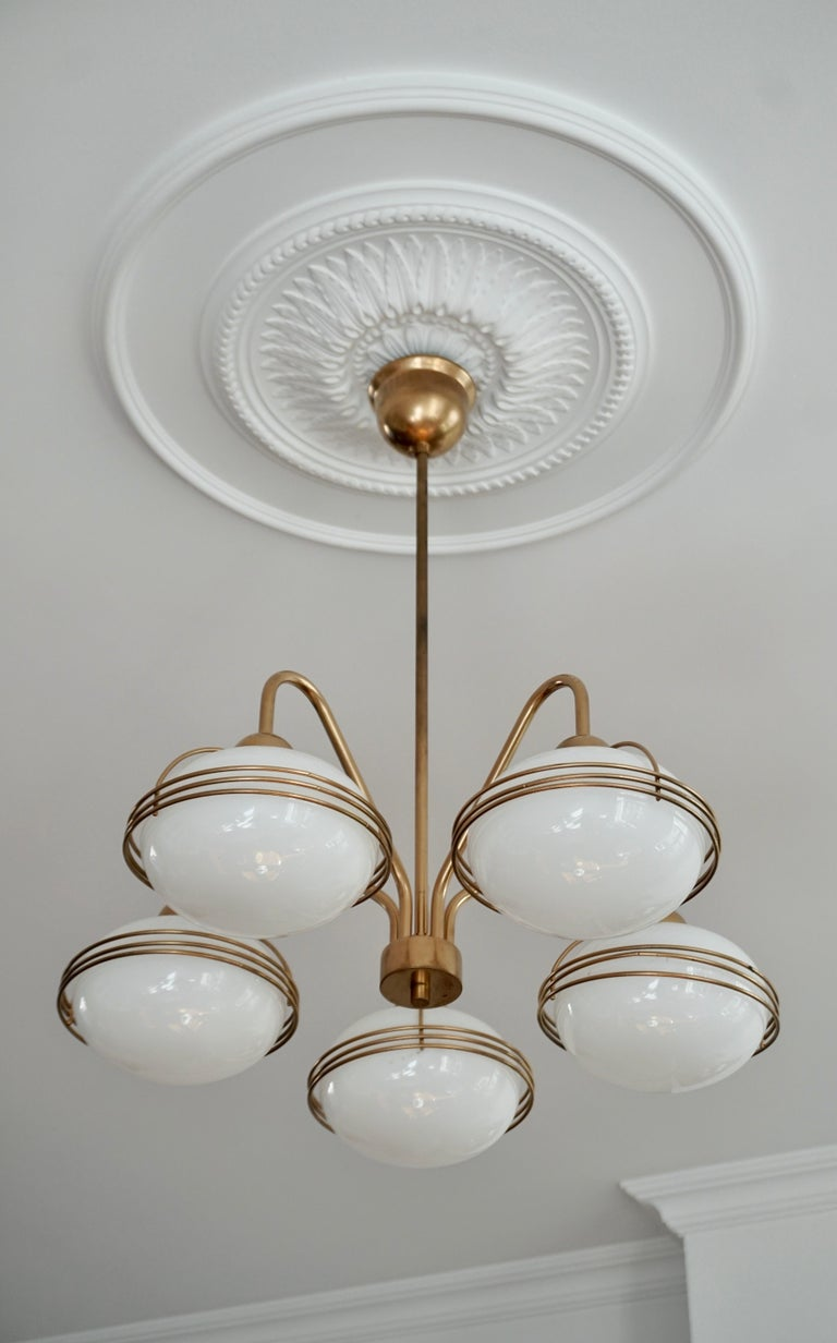 Chandelier in Glass and Brass For Sale 1