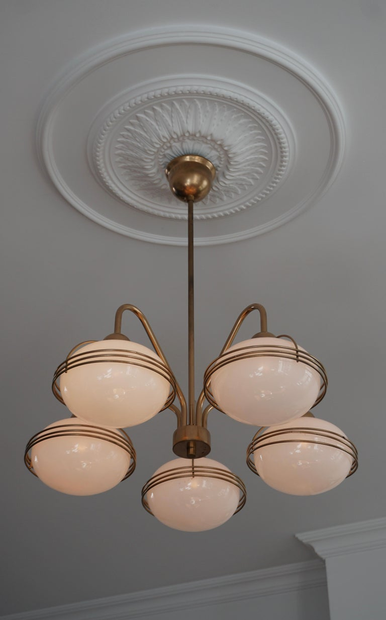 Chandelier in Glass and Brass For Sale 2