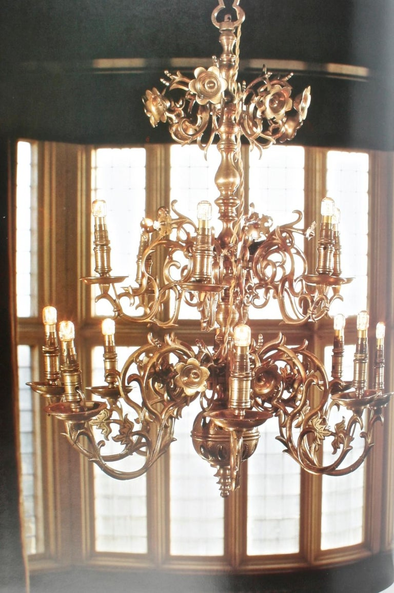 Chandeliers by Elizabeth Hilliard, 1st US Edition hardcover with dust jacket. Bulfinch Press / Little Brown & Co, Boston, 2001. 208 pp. The chapters are: early lighting; brass chandeliers; Venetian glass; 18th and 19th c elegance; enlightened