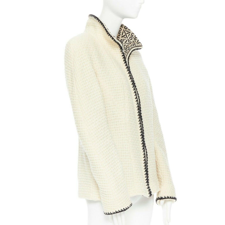 CHANEL 00A ivory waffle tweed black trim print collar zip-up jacket FR42 In Excellent Condition In Hong Kong, NT