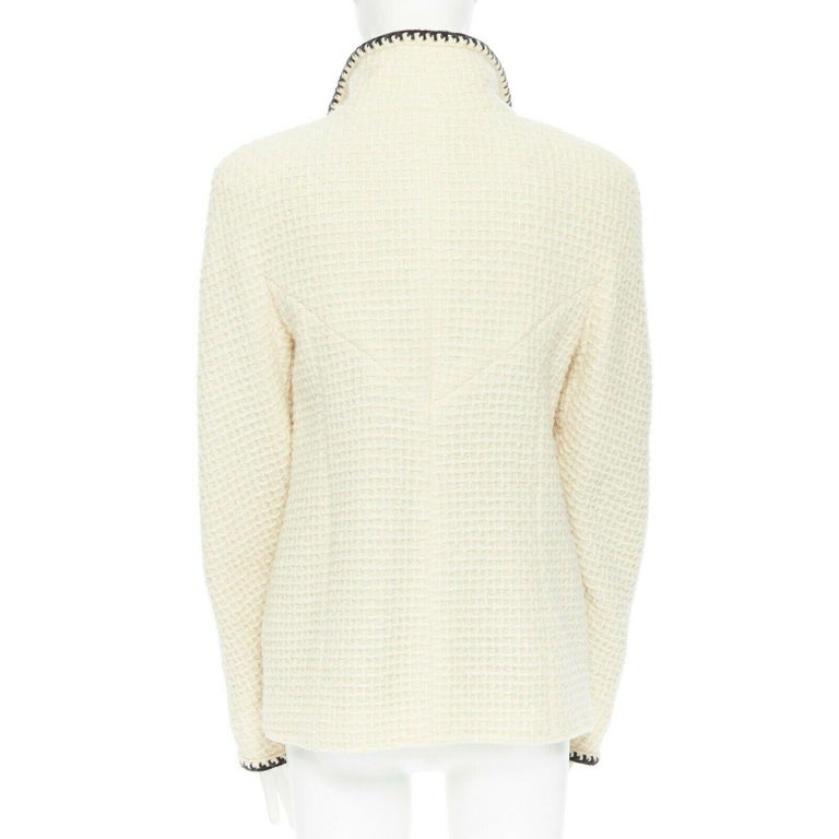 CHANEL 00A ivory waffle tweed black trim print collar zip-up jacket FR42 1