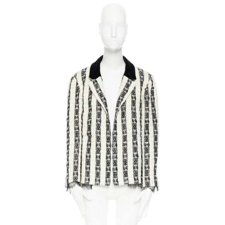 CHANEL 04A black white stripe lesage tweed scallop lace lined jacket FR48 In Excellent Condition In Hong Kong, NT