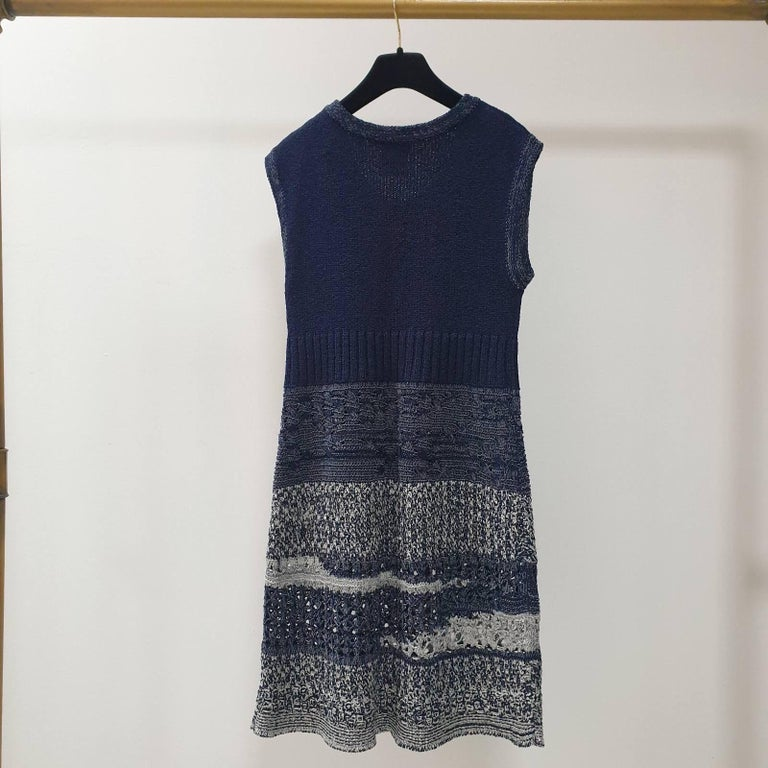 Chanel 12P Sleeveless Knit Dress  In Excellent Condition For Sale In Kiev, UA