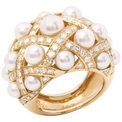 Chanel 18 Karat Yellow Gold Cultured Pearl Baroque Matelassé Ring