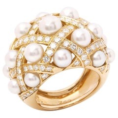 Chanel 18 Karat Yellow Gold Cultured Pearl Baroque Matelassé Ring