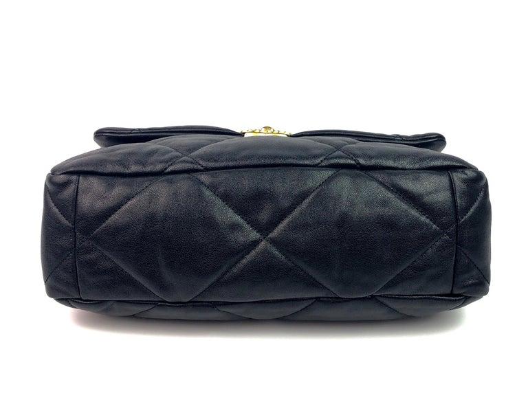 Chanel 19 Flap Bag 20s Black Goatskin  For Sale 1