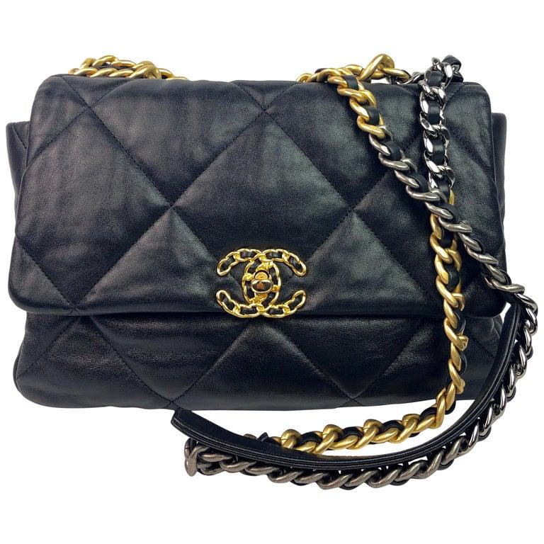 Chanel 19 Flap Bag 20s Black Goatskin  For Sale