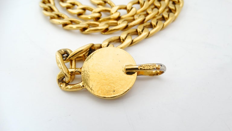 Women's or Men's Chanel 1980s 'CC' Pendant Chain Belt For Sale