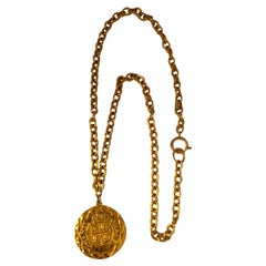 Chanel 1980s Gold Pendant Necklace