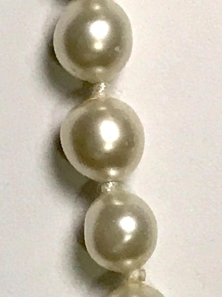 Chanel 1980s Pearl with Gold and Rhinestone Accent Necklace For Sale 5