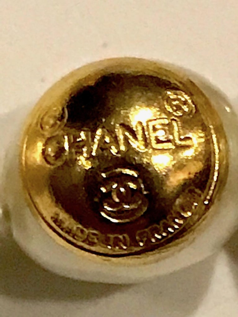 Chanel 1980s Pearl with Gold and Rhinestone Accent Necklace For Sale 2