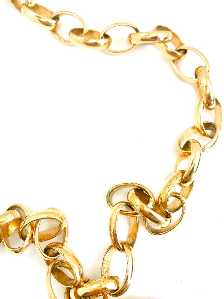 Chanel 1980s Vintage Gold Plated Pendant Necklace / Belt For Sale 4