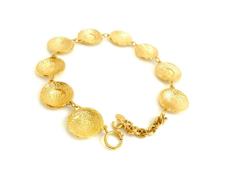 Chanel 1980s Vintage Medallion Necklace For Sale 5