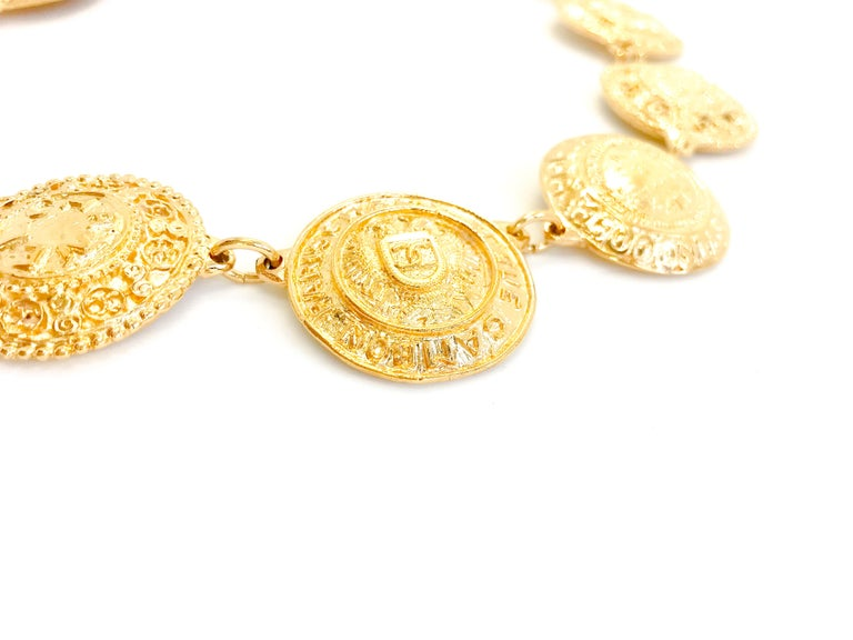 Contemporary Chanel 1980s Vintage Medallion Necklace For Sale