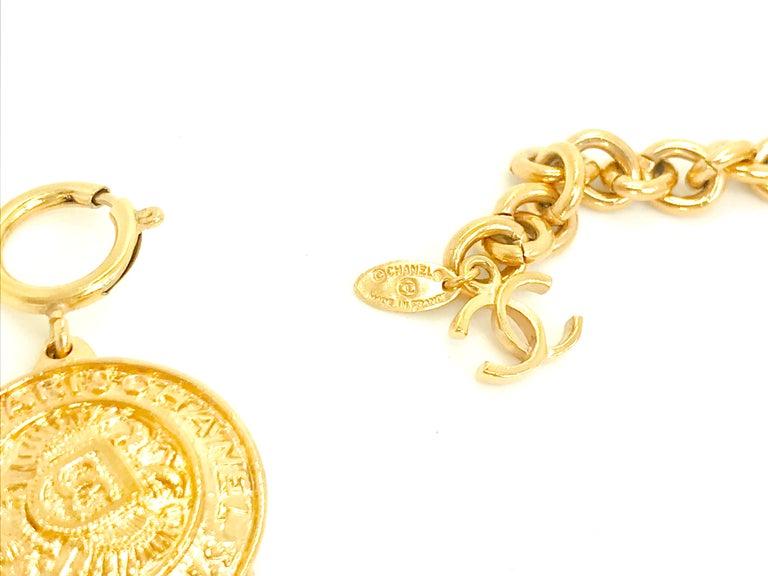 Chanel 1980s Vintage Medallion Necklace For Sale 1