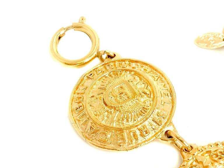 Chanel 1980s Vintage Medallion Necklace For Sale 2