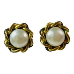 CHANEL 1994 Gold Tone & Black Woven Chain Faux Pearl Clip On Earrings