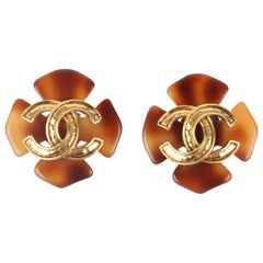 Chanel 1994 Spring/Summer (94P) Large Brown Faux Tortoise Gold Logo Clip-On Earr