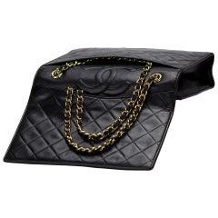 Chanel 1994 Vintage Classic Flap Bag Hidden Pocket Quilted Black Lambskin Bag