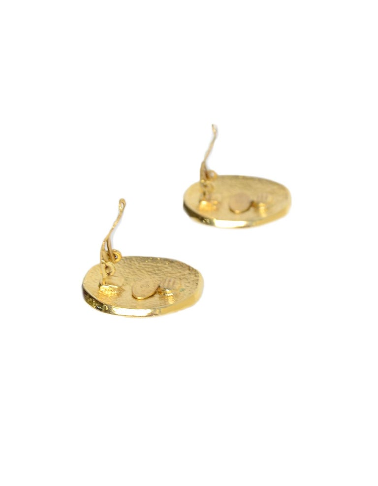 Chanel 1995 Goldtone CC Clip On Earrings In Good Condition In New York, NY