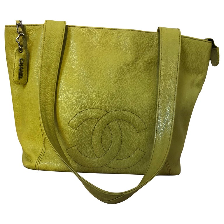 Chanel 1996/97 Olive Yellow Coco Mark Caviar Tote serial #4707548 For Sale