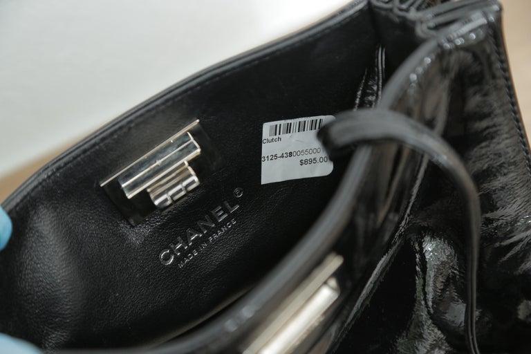 Chanel 1997 Classic Flap Single with Black Leather Beige Raffia Shoulder Bag For Sale 1