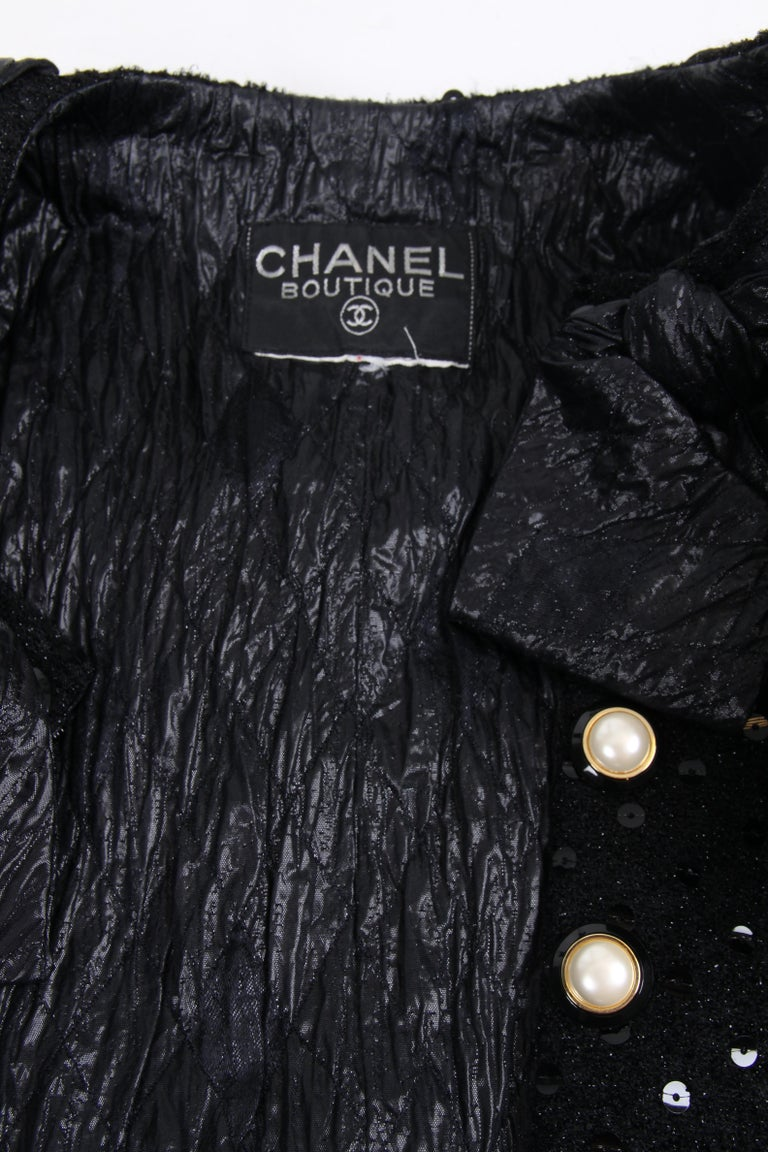 Chanel 2-pcs Sequin Suit Jacket & Skirt - black 1983 In Excellent Condition For Sale In Baarn, NL