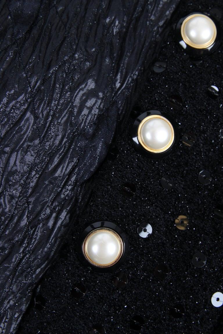 Women's Chanel 2-pcs Sequin Suit Jacket & Skirt - black 1983 For Sale