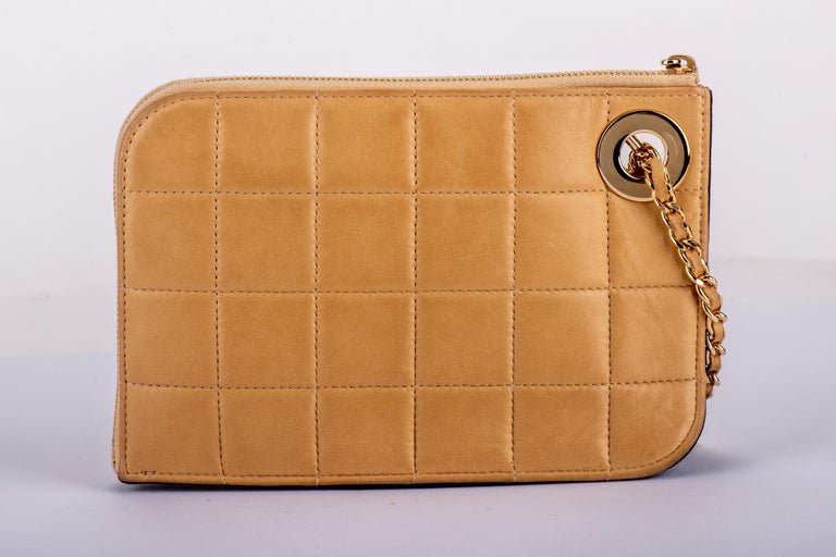 Chanel 2 Tone Wristlet Evening Bag In Good Condition In West Hollywood, CA