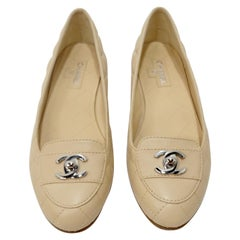 Chanel 2000s Beige Quilted Flats