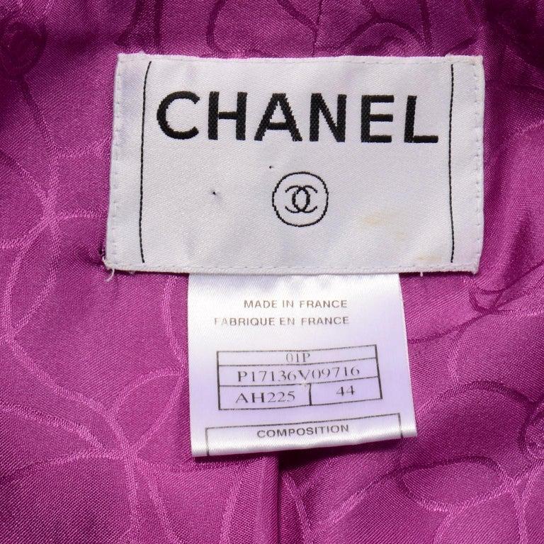 Chanel 2001 Magenta Purple Metallic Cropped Jacket w Asymmetrical Zipper For Sale 9