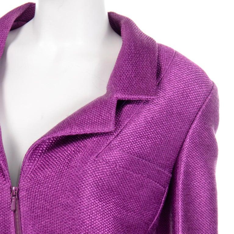 Chanel 2001 Magenta Purple Metallic Cropped Jacket w Asymmetrical Zipper For Sale 3