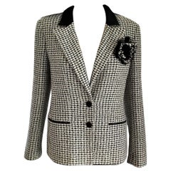 Chanel 2002 02P Sage Green, Black, White Camellia Tweed Jacket FR 38/ US 4 6