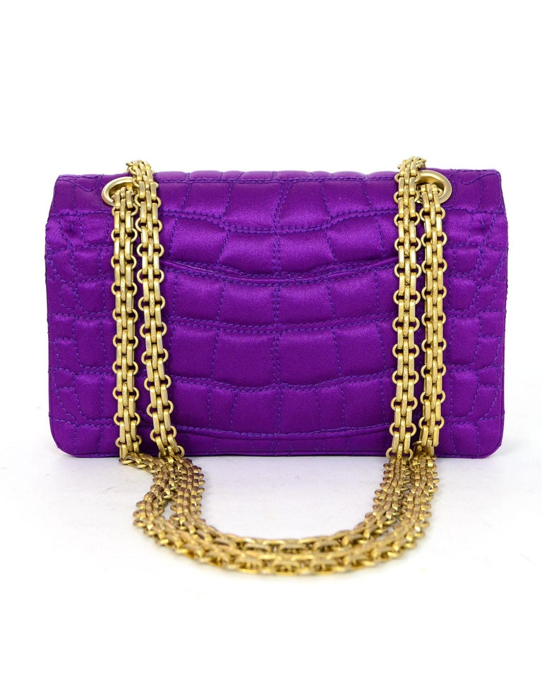 Chanel 2007 Purple Satin Croc Embroidered 2.55 Reissue 224 Crossbody Flap Bag In Excellent Condition For Sale In New York, NY
